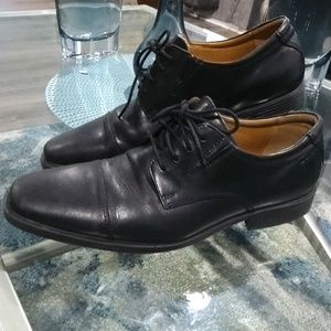 Clark's Dress shoes sz 9.5